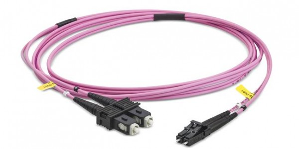 Fiber optic patch cord duplex multimode OM4, LC-PC/SC-PC, I-V(ZN)HH 2x 2,1 mm, 15,0 m